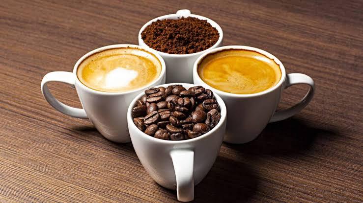 Cafés en tazas