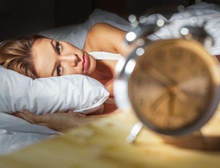 Chica que no puede dormir