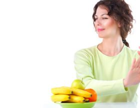 Persona comiendo sano