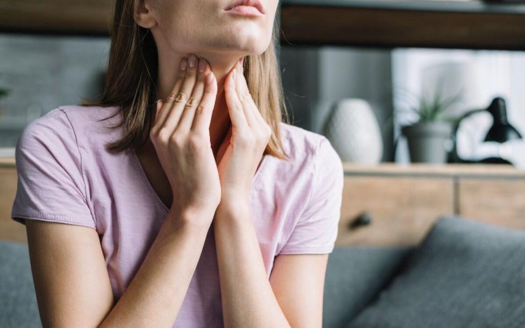 terrible dolor de garganta